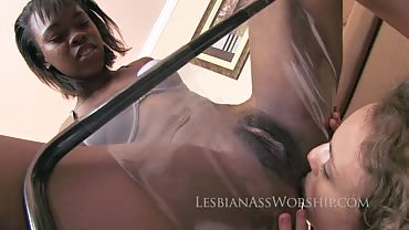 Londyn Taylor and Kelsey Obsession 7